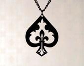 Fleur de lis Spade necklace in black stainless steel - alice in wonderland - ace of spades