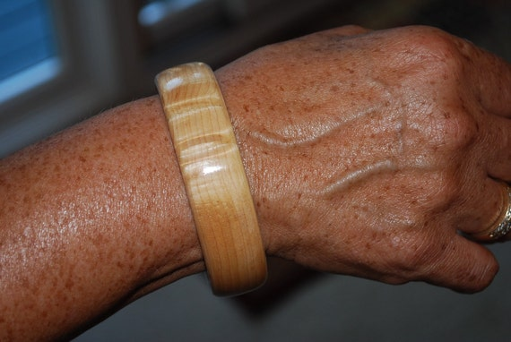 Handmade Maple Wooden Bangle Bracelet, BRAC-128