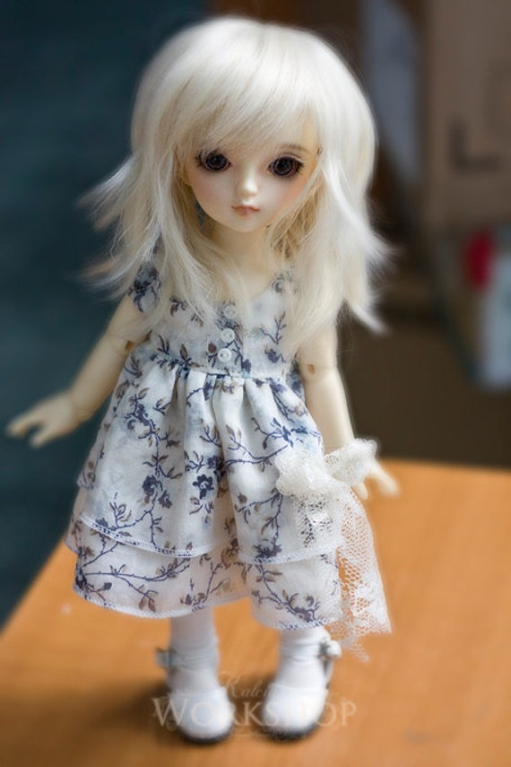 Cutie dress and stockings for YoSD tiny super dollfie dolls volks