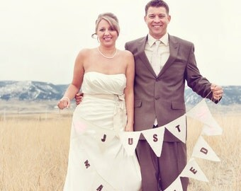 Just Married photo prop with heart color of your choice