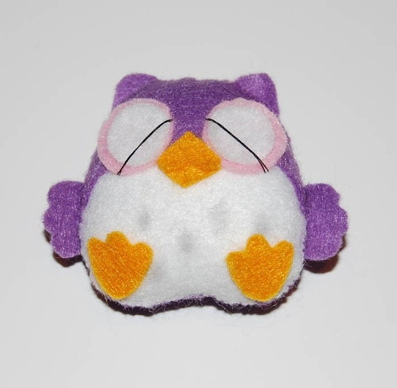 Spotter the Night Owl - Stuffed Felt Animal Magnet/Keychain/Ornament (Purple/White)