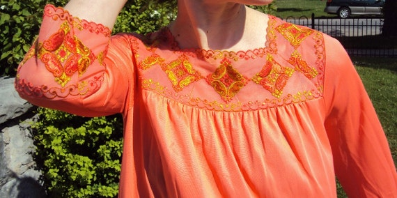 Gossard Artemis Silky Embroidered Coral Nightgown Dress 1960s/1970s Small