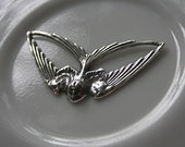 Diving Swallow Trinity Brass Antique Silver Plated Brass Pendant Connector Link Charm DESTASH