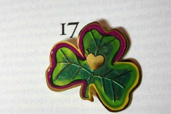 Vintage Shamrock or 3-Leaf Clover With Golden Heart Enameled Brooch-Pin