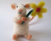 Mouse blossom, needle felted animal