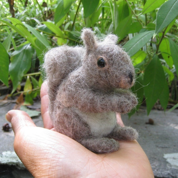 Nutti the Grey Squirrel, needle felted animal