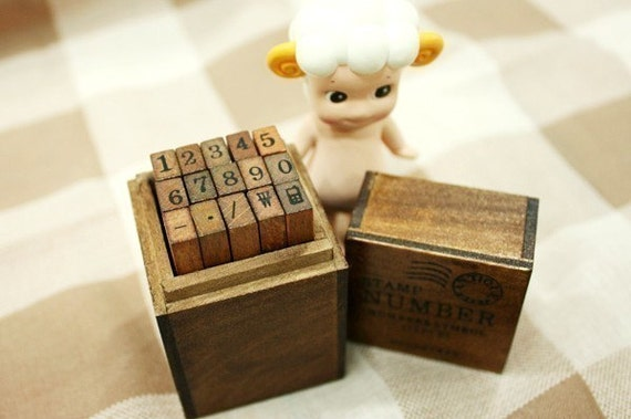 Antique Style Wooden Number Rubber Stamp Set
