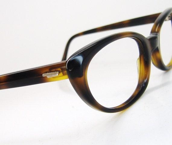Vintage 50s Tortoise Cateye Eyeglasses Eyewear Frame Shuron