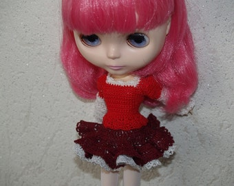 Crocheted skirt for Blythe