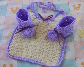 Lavendar Purple Booties and Matching Bib With Ribbon