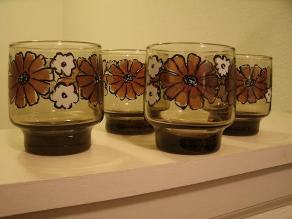 Vintage Mod Flower Glassware Drink Glasses