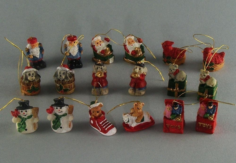 Mini Christmas Tree Ornaments Set Of 18 Resin Destash