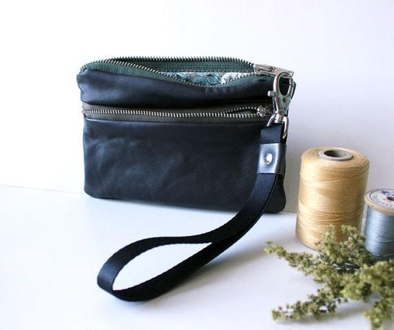 leather wristlet eco-friendly zip in dark brown leather wallet // la trousse