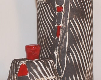 Black, White n Red Linear Canister