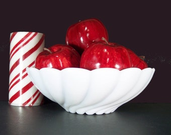 BUY 1 OR 2 White Milk Glass Serving Bowl. Shell Bowl. Centerpiece, Candle Holder, Dessert, Fruit Bowl. Vintage 5180