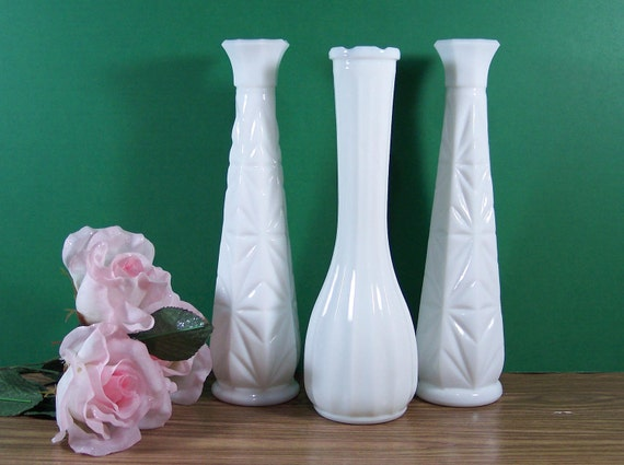 3 Milk Glass Bud Vases. 1 CLG Ribbed and 2 Star Burst Daisy. Vintage Wedding Collection. 1302