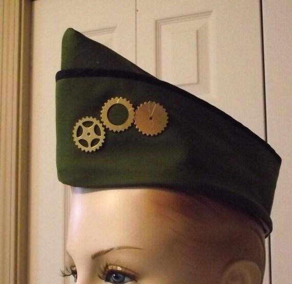 Steampunk Military Hat with Gears Steam Punk Hat Army Green Vintage Style WWII Flight Cap Garrison Hat Wedge Cap Women Men Unisex