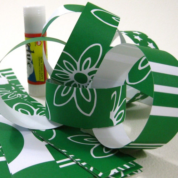 DIY Paper Chain Kit, Kelly Green and White