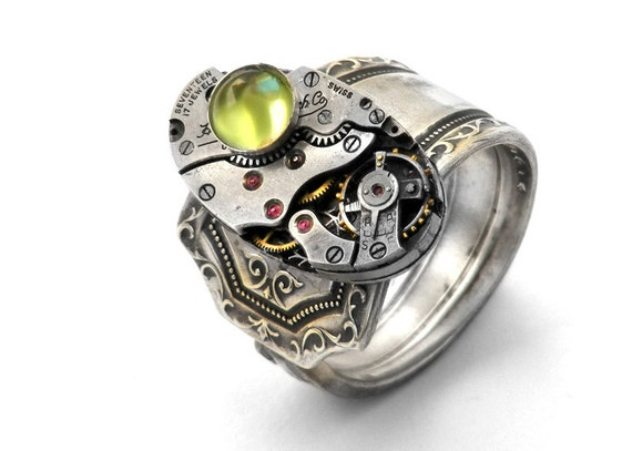 Steampunk Ring, Peridot Gemstone & Vintage Watch Mechanism - Size 9 Steampunk Ring
