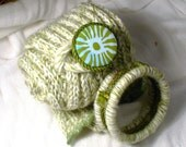 Fall Scarf and bracelet set, light green