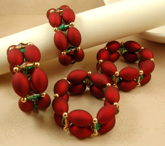 Handmade Beaded Napkin Rings in Red Green and Gold - Set of 4