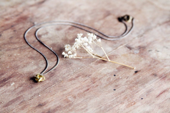 Knotted no.03 necklace