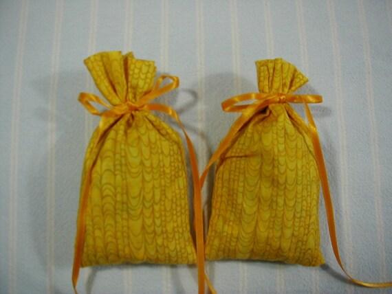 Gold Sachet-'Cinnamon' Fragrance-Kitchen Sachet-Gold Ribbon-Cotton Fabric Herbal Sachets-Cindy's Loft
