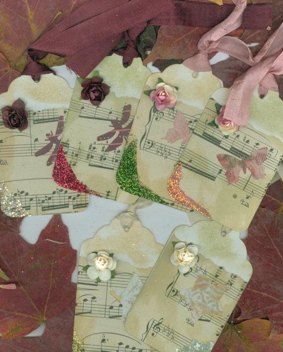 """Tag Set """"Roses""""  Set of Six Hang Tags"""