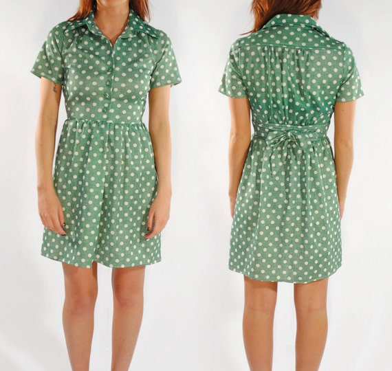 Sweet and Simple- Vintage 1960s Green Polka Dot Dress- Size 6