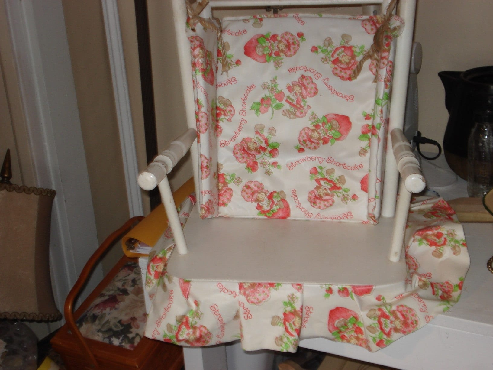 Vintage Hedstrom Childs Strawberry Shortcake Rocking Chair