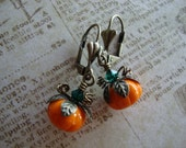 THE PUNKIN' PATCH - Fall Harvest Earrings in antiqued brass with czech glass pumpkins and swarovski crystal