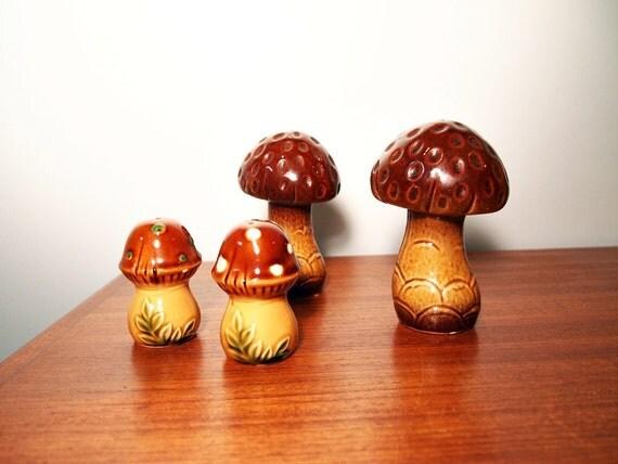 the Little Vintage Mushroom Shakers