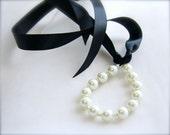 Pearls Ribbon Tie Bracelet, Bride, Bridesmaids black, white, ivory, pink, green, navy Custom Colors Pearls, 2 sizes pearls, Satin Ribbon