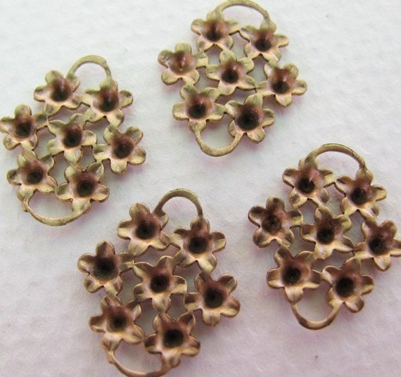 Raw Brass Flower Connector Settings - Two Loops -  Rhinestone Setting - 20x17mm
