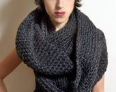 SALE --The New Yorker Circle Scarf in Grey