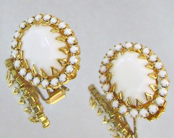 Vintage Earrings Juliana DeLizza and Elster Milk Glass and Gold