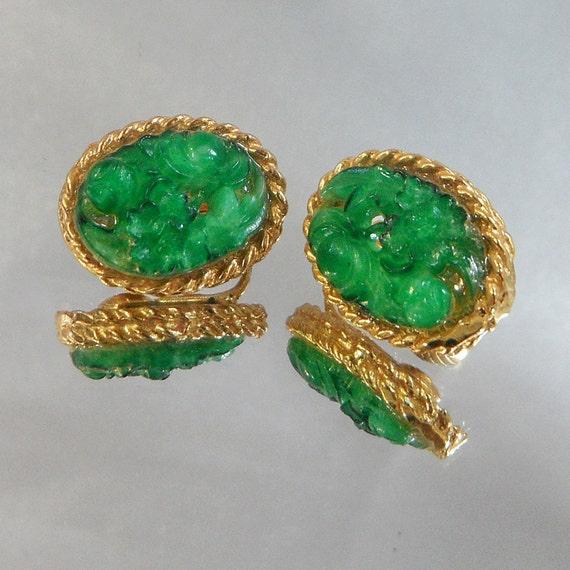 Vintage Peking Glass Earrings Carved Faux Green Jade