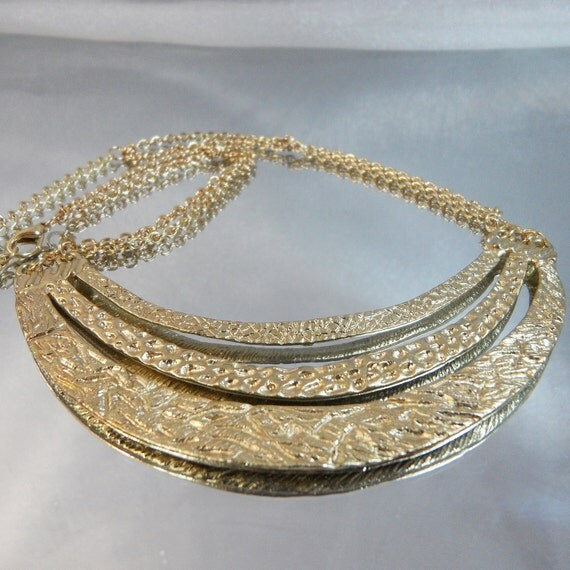 Vintage Crescent Necklace. Egyptian Revival. 1970s Hammered Gold Chain