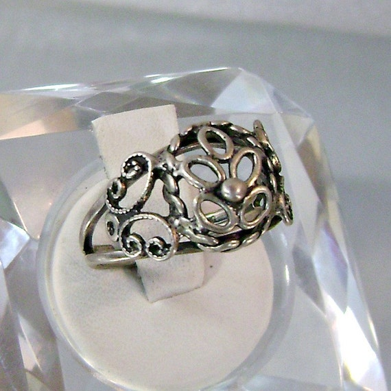 Vintage Beau Silver Ring