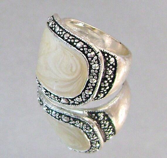 Vintage Marcasite Ring.  Beige Enamel