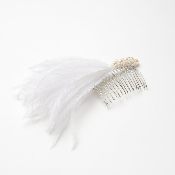 Bridal Feather Hair Comb / feather fascinator with Swarovski Crystals & Pearls - Wedding hairpiece / Bridal accessory