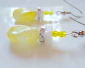 Sunshine Daisy Butter Mellow, Turn These Awesome Earrings Yellow