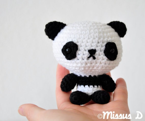 Amigurumi Panda Ohje : SALE 50% off Crochet Panda Amigurumi Soft Sculpture by missusD
