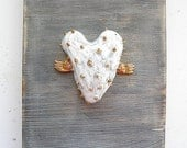 Ceramic miniature on wood 'Fly my love 2' or 'love hurts'