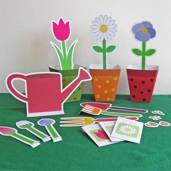 Printable gardening set pdf paper craft for Small flowers for crafts