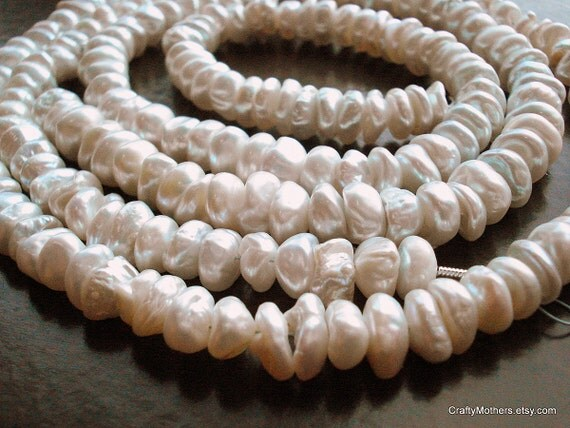 """CLEARANCE - Genuine Freshwater Cup Pearls - 2"""" strand"""