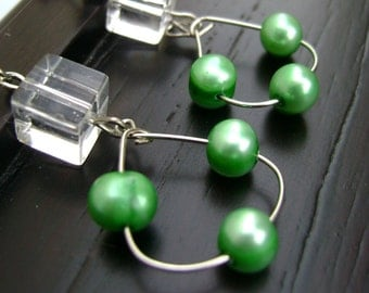 Emerald green river pearls Earrings Sweet Talk -