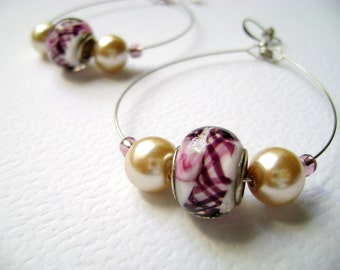 Beautiful Summer - Hoop Delicate pink lampwork beads earrings with a romantic unique style