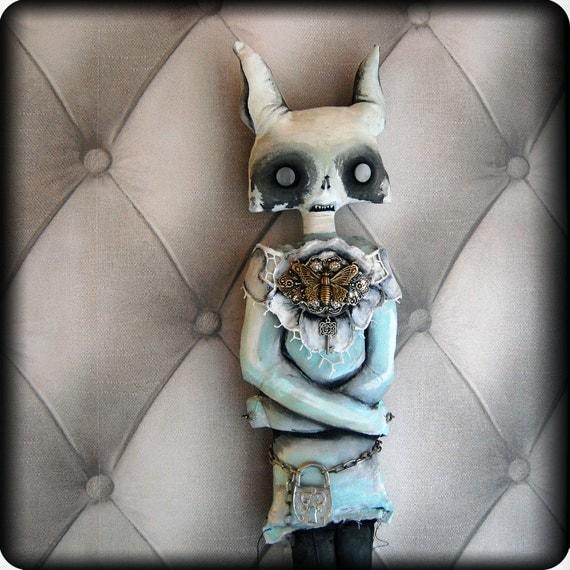 Reserved - NIGHTMARE - artdoll - soft sculpture, large, inspired by Dave Mc Kean, halloween - HANDPAINTED - - - ooak