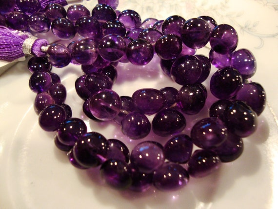 1/2 Strand Gorgeous Grape Purple Amethyst Smooth Polished Candy Kisses Onion Shape Brios